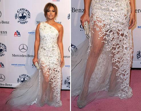 ea13ecc40 Vestidos de renda Jennifer Lopez